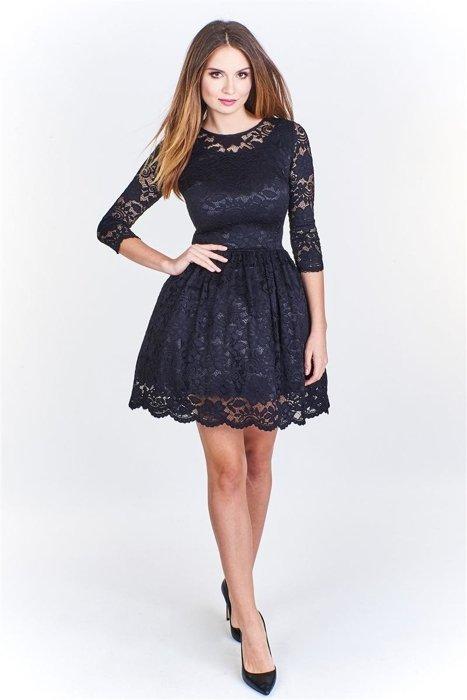 f00c7202554 Koronkowa sukienka z rozkloszowaną spódnicą Czarny | Fokus.pl