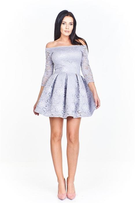 cbbe24a8 Koronkowa sukienka z odkrytymi ramionami dopasowana od góy i ...