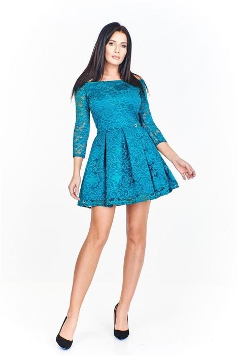 a3bd9dea41 Koronkowa sukienka z odkrytymi ramionami dopasowana od góy i rozkloszowana  u dołu