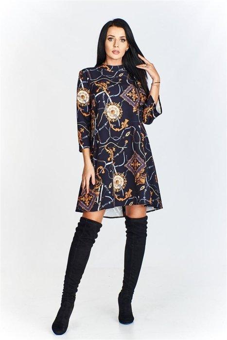 5771bd7648 Wzorzysta trapezowa sukienka z mini stójką czarny