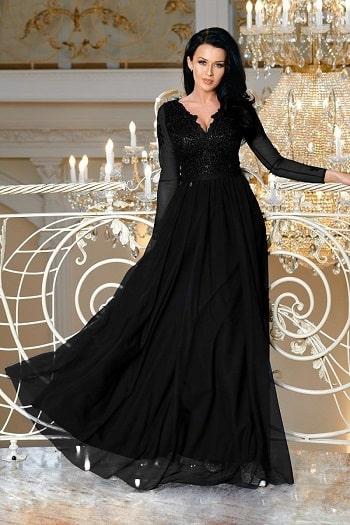 Jak nosić koronkowe sukienki? | Fokus.pl