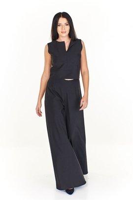ce0b05d95264ac Komplet - krótka bluzka z bardzo szerokimi spodniami